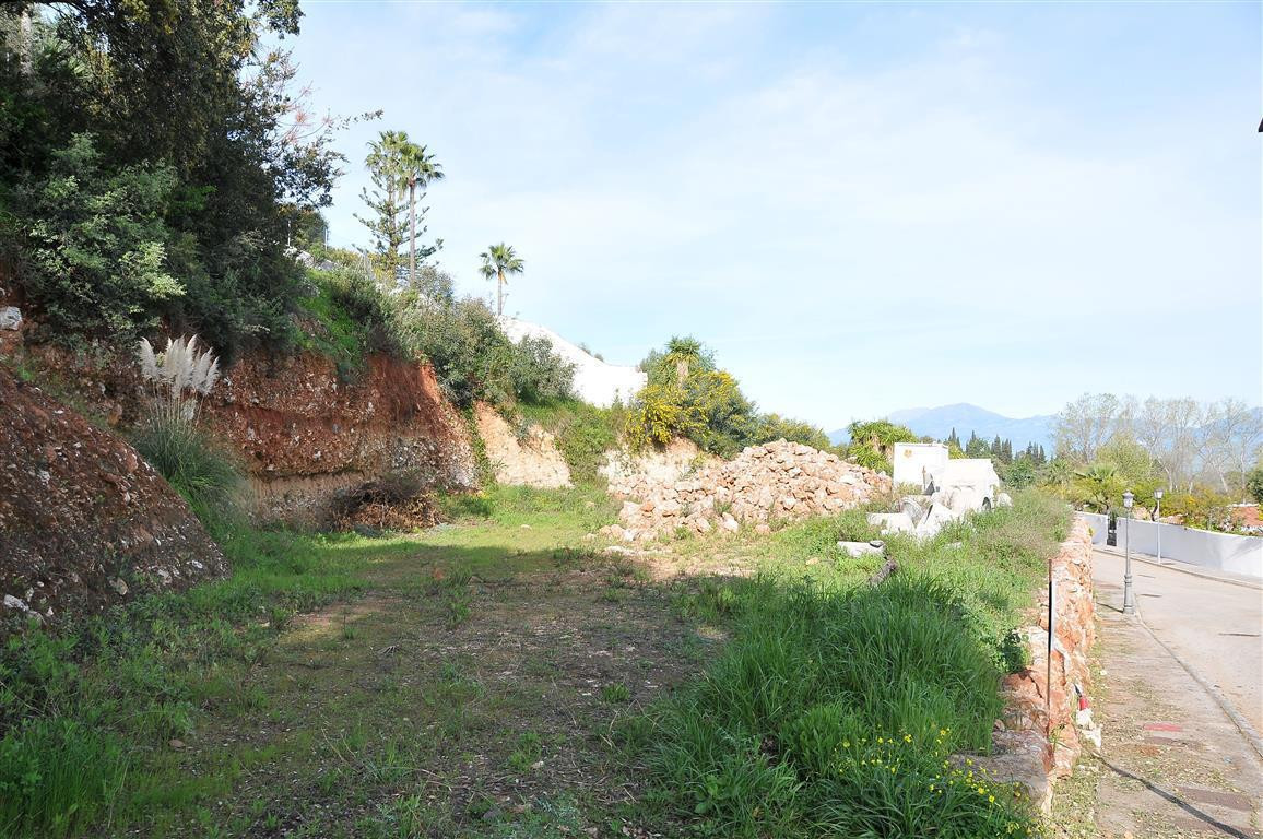 Nice flat plot in a very private urbanisation close to Alhaurin el Grande with fantastic views. Poss, Spain