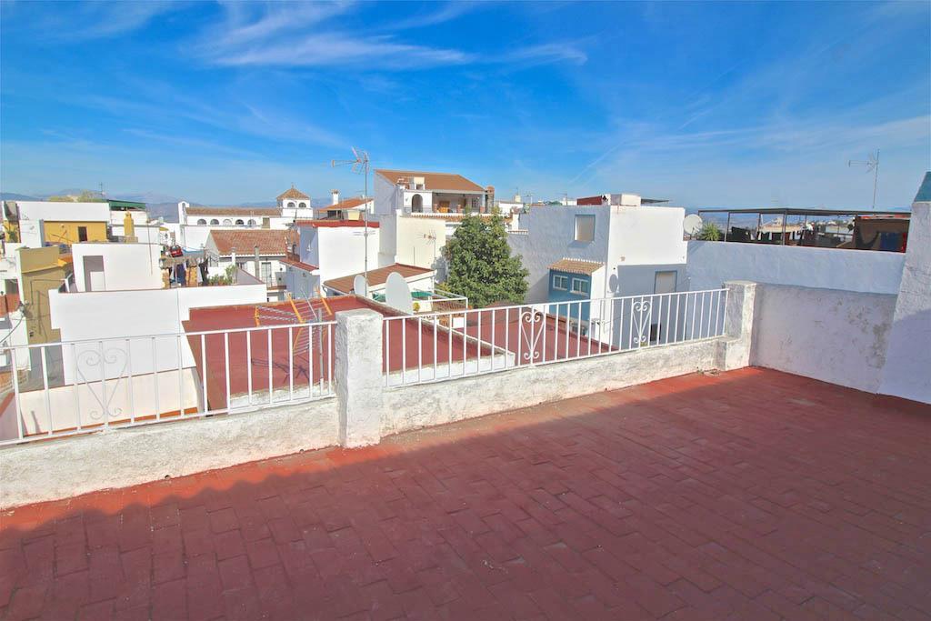 Townhouse for sale in Alhaurín el Grande R3240535