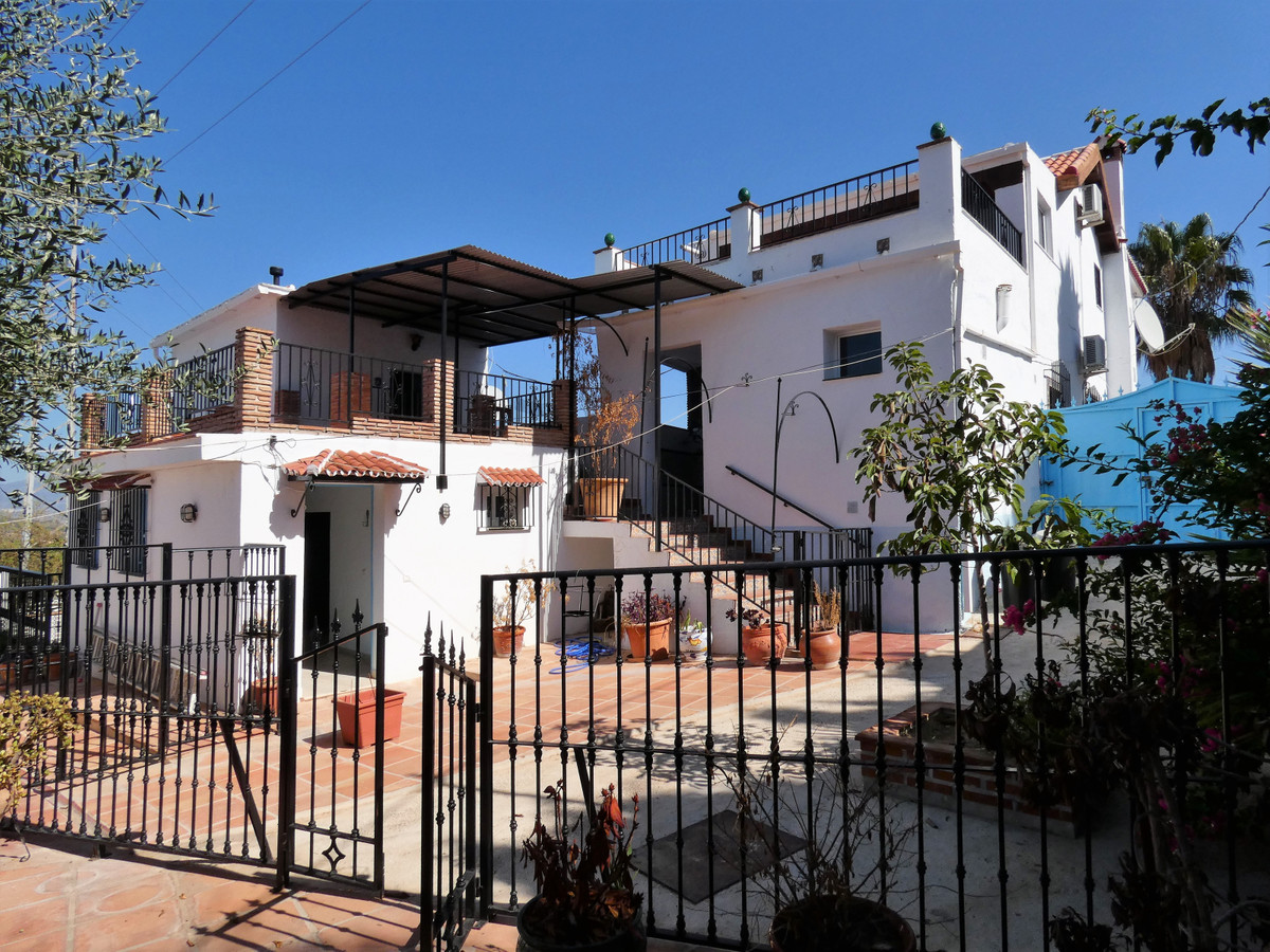 House in Alhaurín el Grande R3681680 1