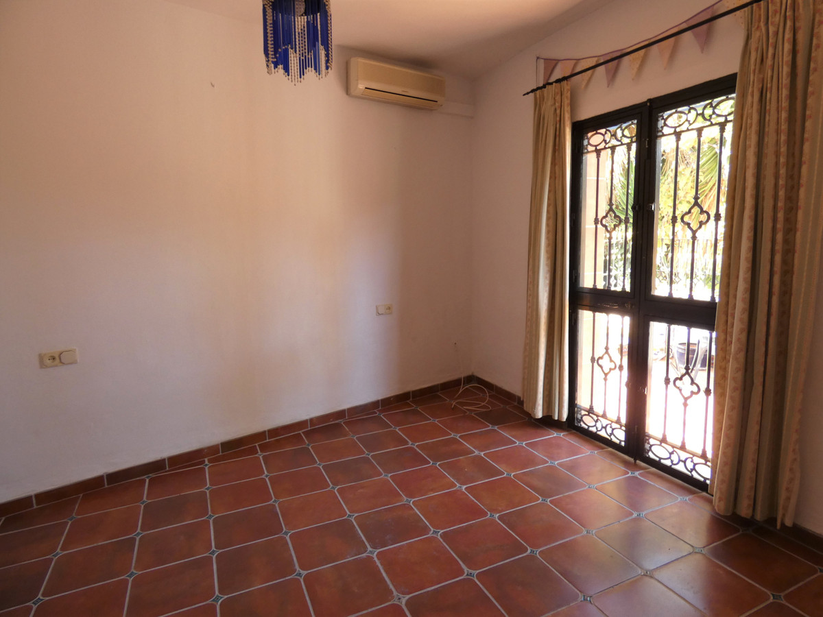 House in Alhaurín el Grande R3681680 19