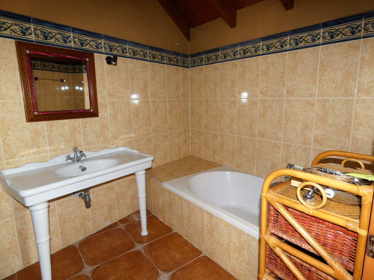 House in Alhaurín el Grande R3681680 22