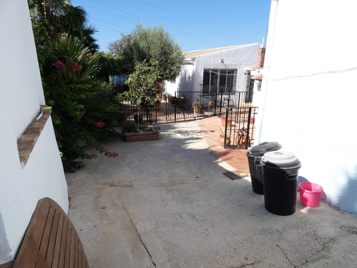 House in Alhaurín el Grande R3681680 36