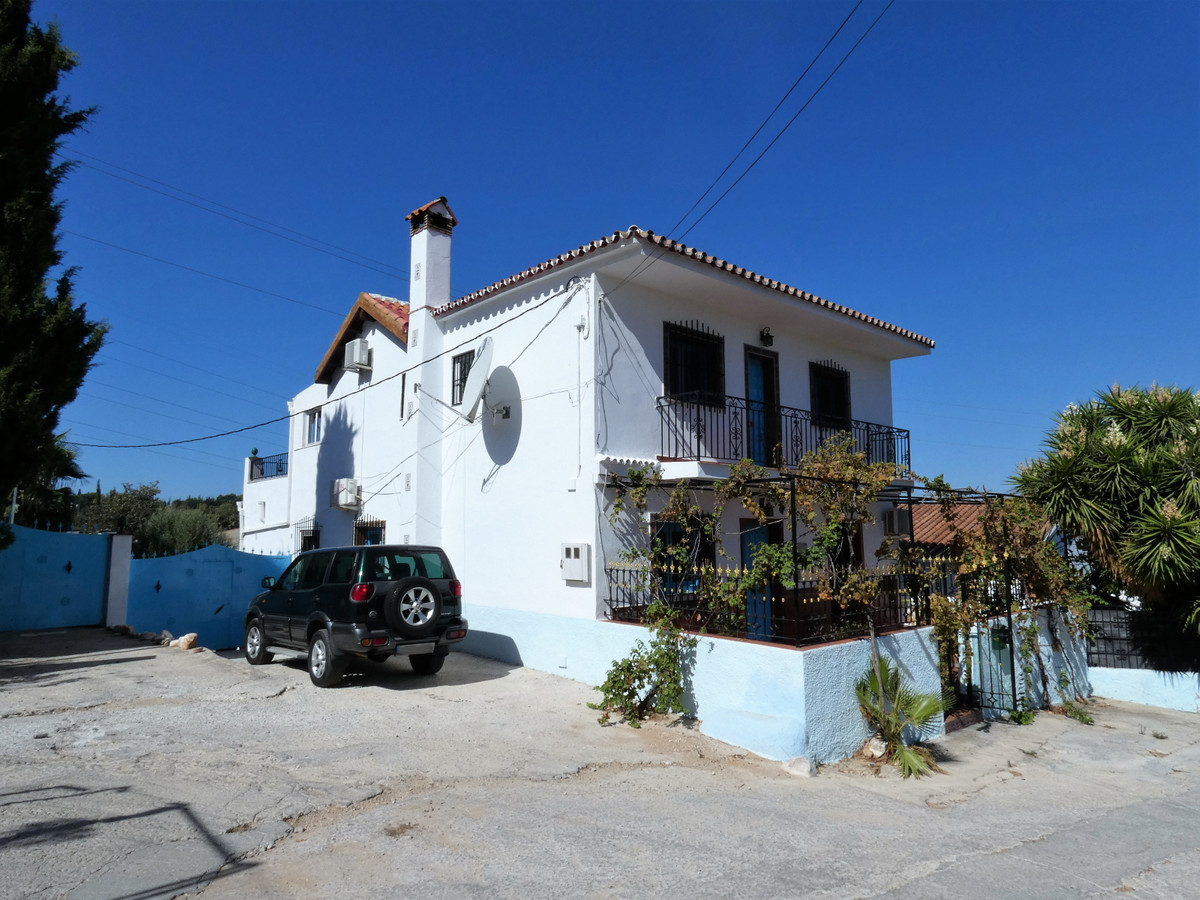 House in Alhaurín el Grande R3681680 53