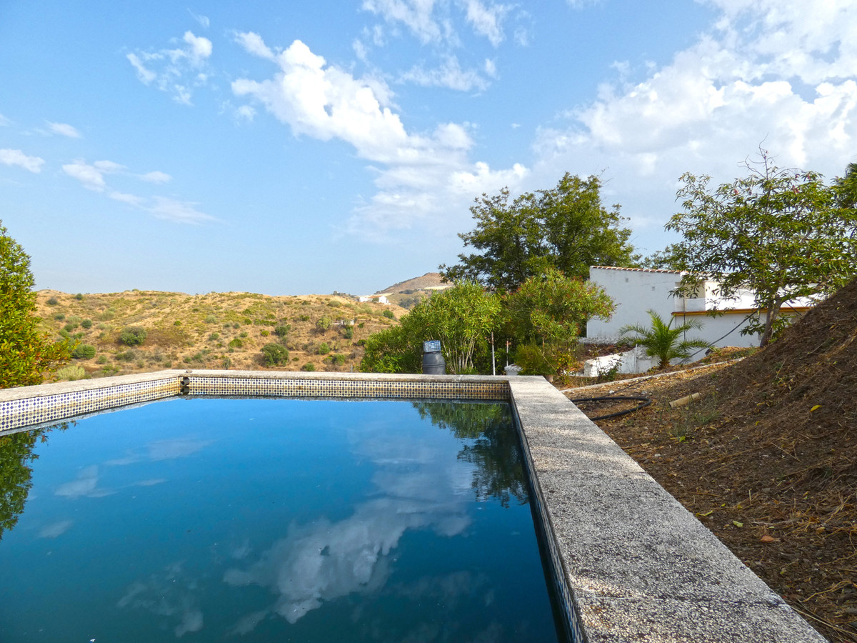 Nice rustic country house in Mijas, located on a plot of about 10,500m².  The property is partially ,Spain