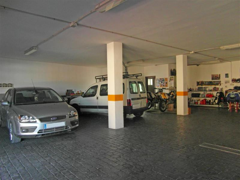 Rijhuis te koop in Alhaurín el Grande R2417180