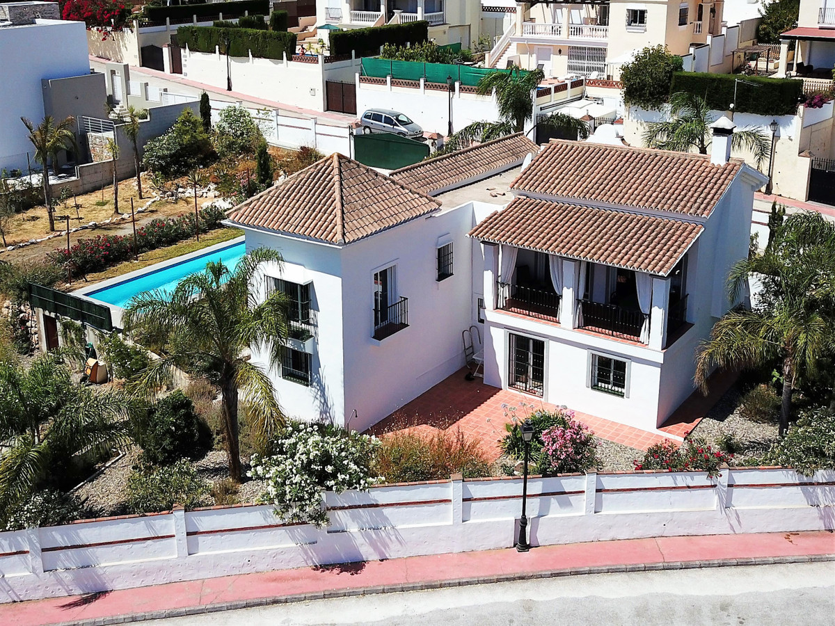 Superb detached villa with 10 metre pool, located on a quiet urbanisation with stunning views.  This,Spain