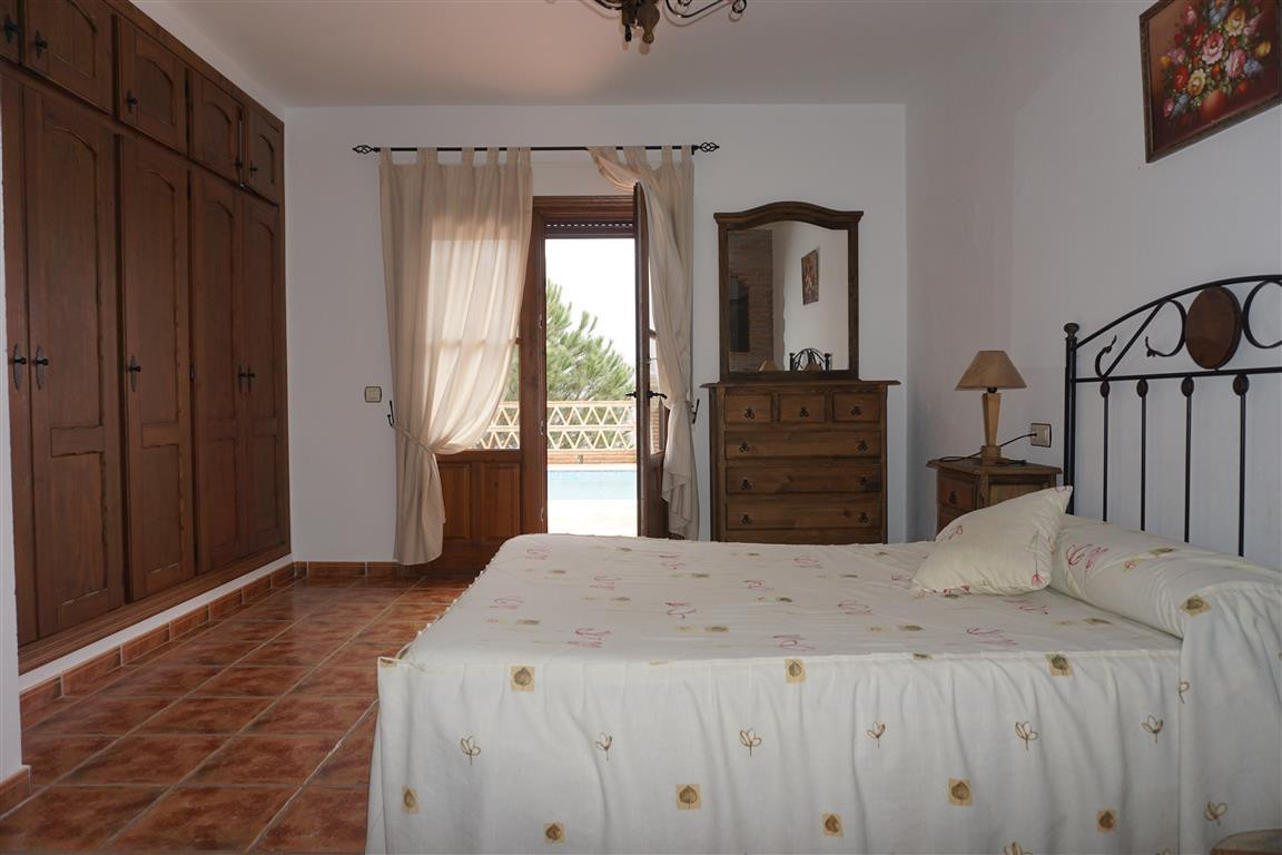 5 Bedroom Villa for sale Alozaina