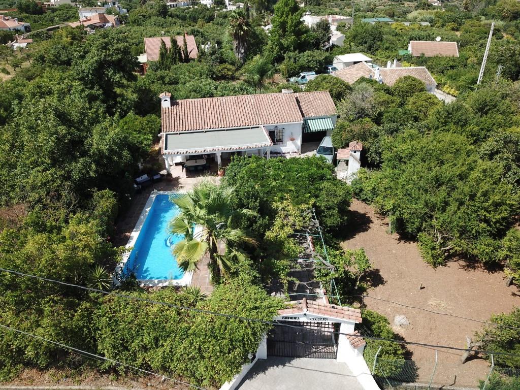 Finca - Cortijo for sale in Alhaurín el Grande R17944