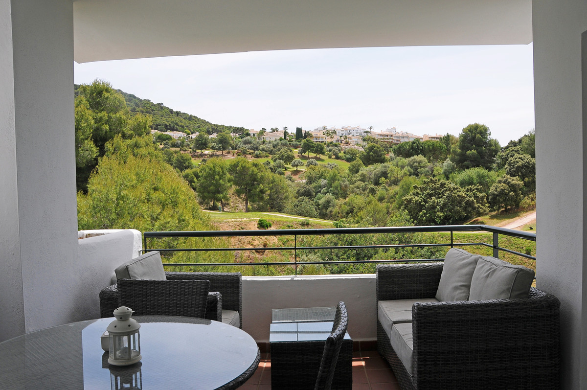 A superb front-line golf penthouse with amazing views across the golf course. Walk directly out of t,Spain
