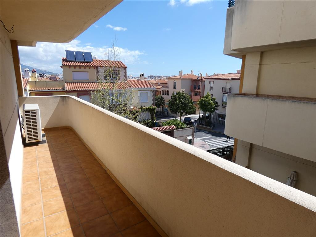 Magnificent apartment with lift (elevator) in the Lagunas de Mijas. Located on the second floor of a, Spain