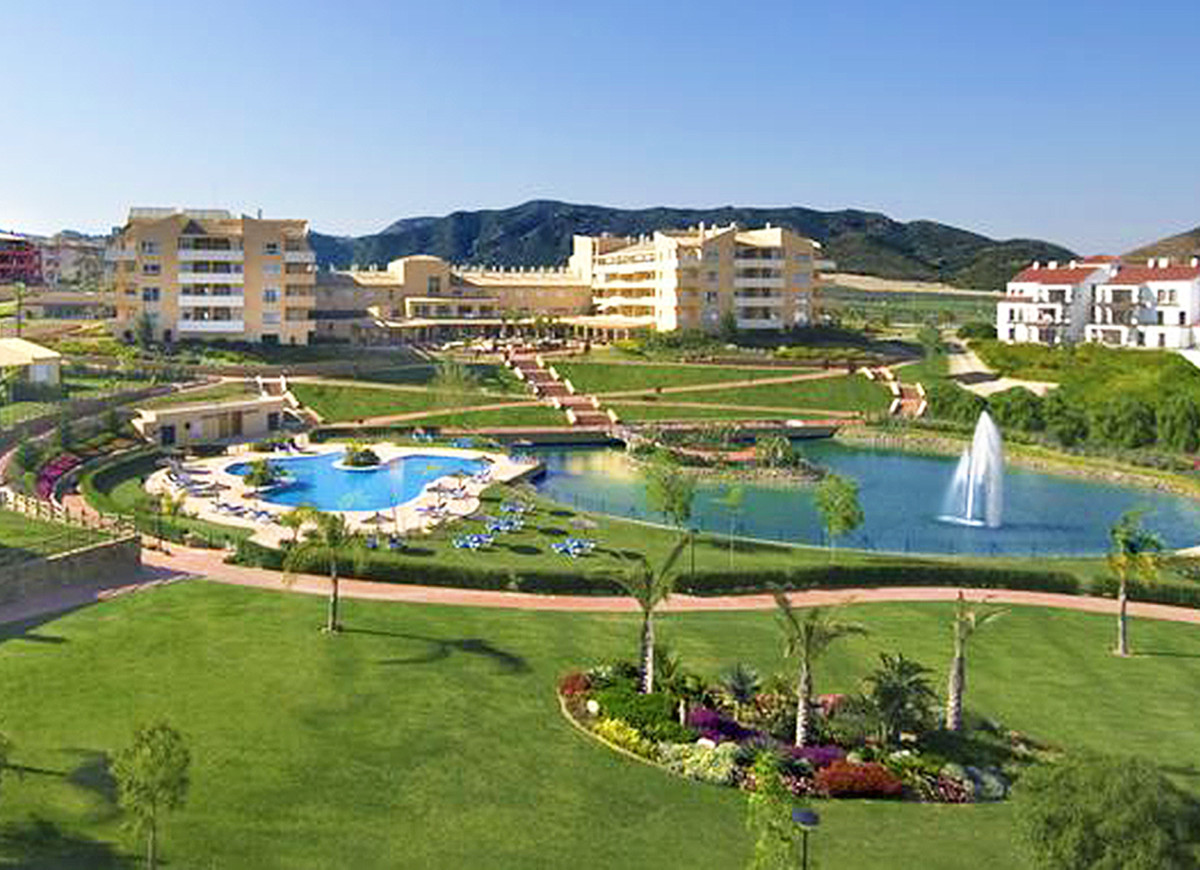 Lovely modern apartment with terrace, parking and storeroom in the renowned complex Sol Andalusi, wi,Spain
