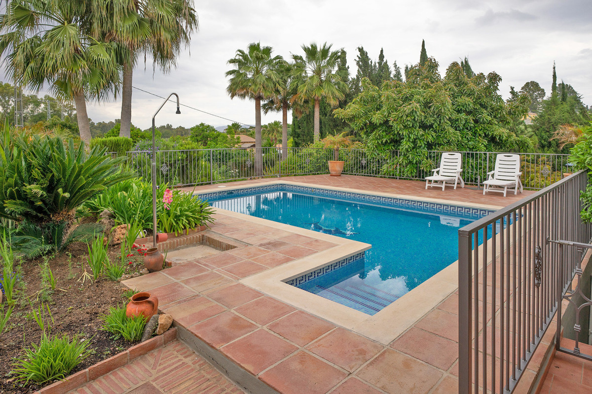 Immaculate country house situated in Coin.   The property is distributed over one floor and benefits,Spain
