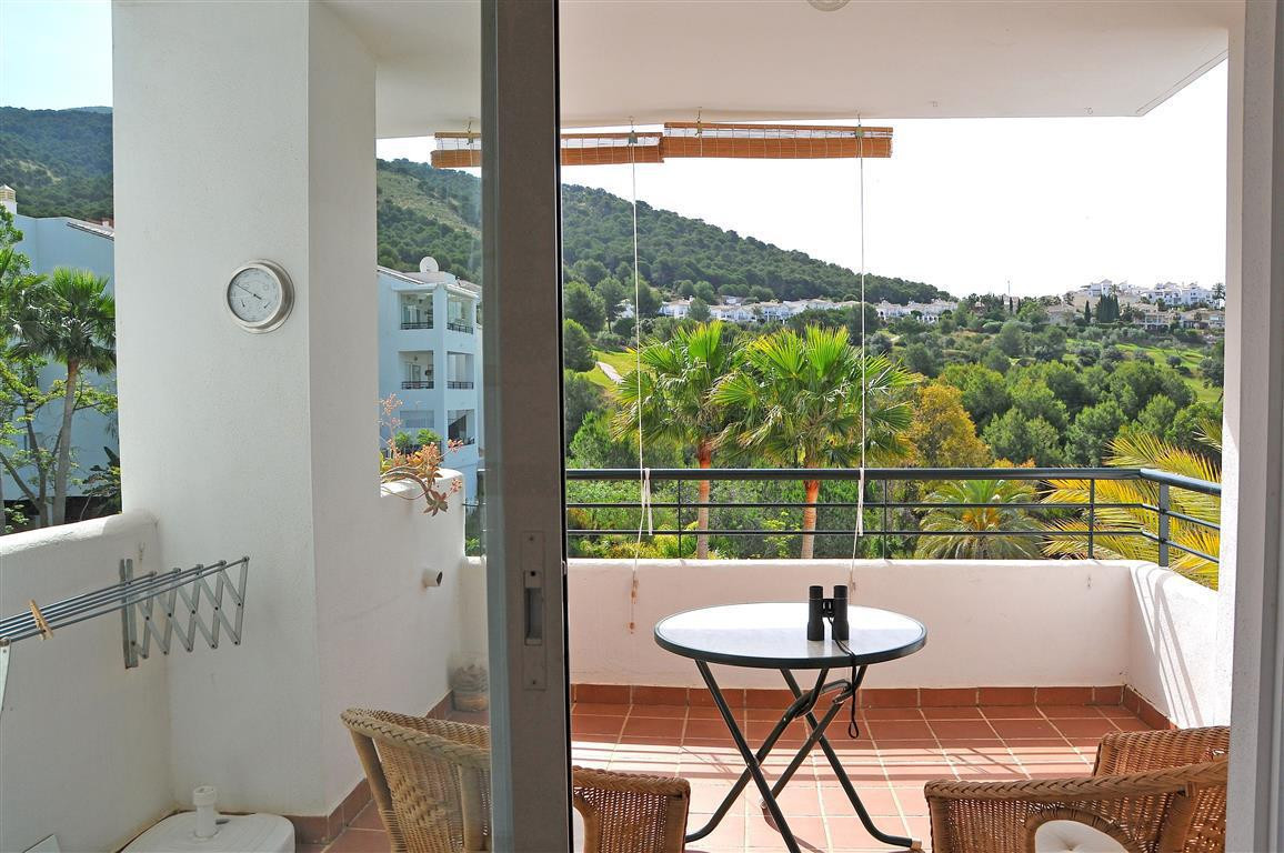 Nice penthouse for sale in Alhaurin Golf that comprises of a fully fitted kitchen with access to a t,Spain