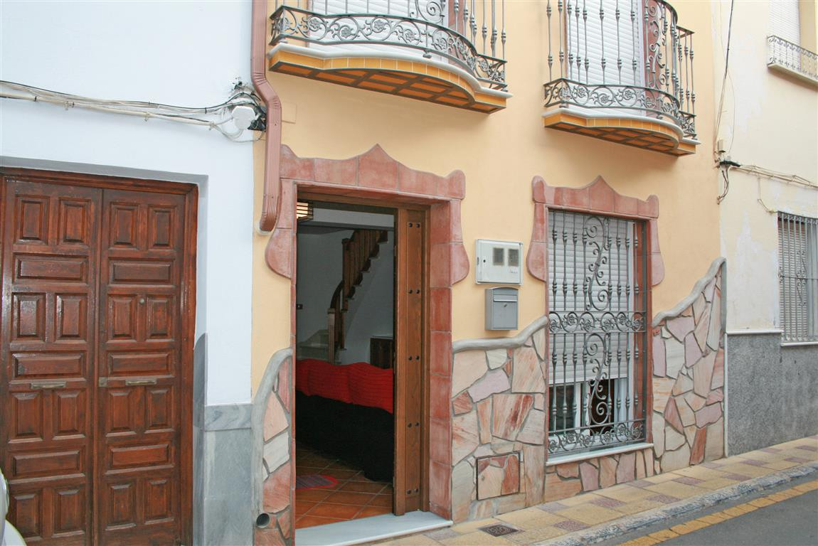 Townhouse in Coín R2778380