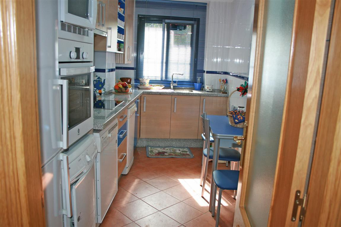 R2950619: Apartment for sale in Coín
