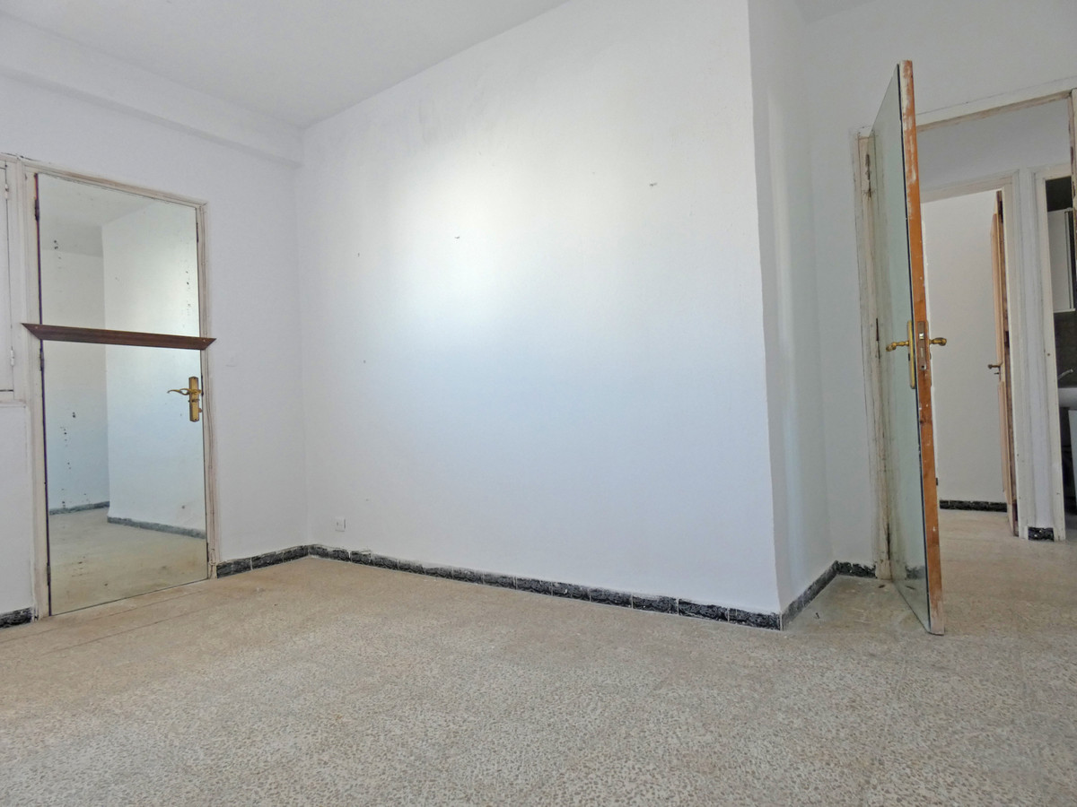 Apartment in Coín