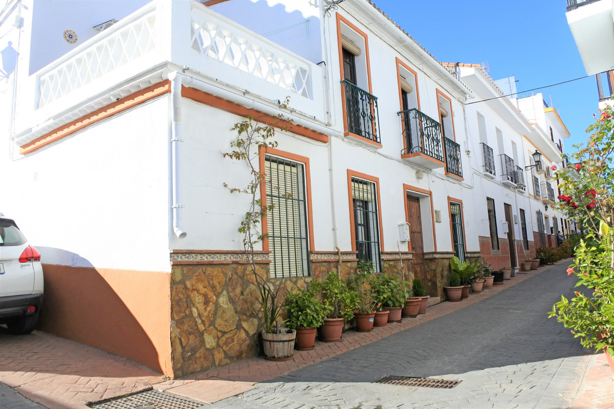 Traditional Spanish townhouse, currently split into two, and the top floor is rented out for holiday,Spain