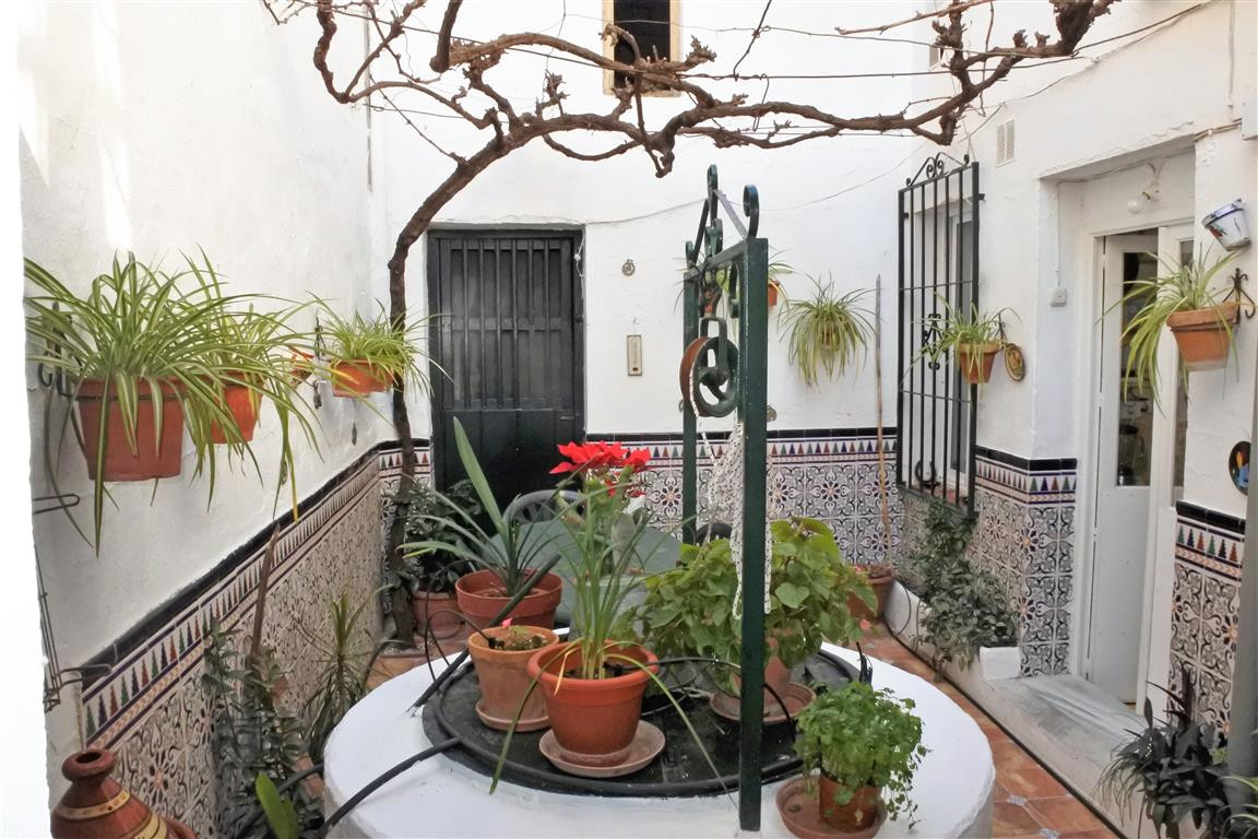 R65916: Townhouse for sale in Guaro