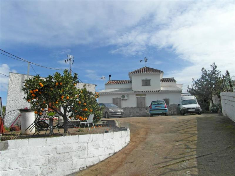 Spacious property with a lot of character, in a very quiet area, situated about a 10 minute drive fr,Spain