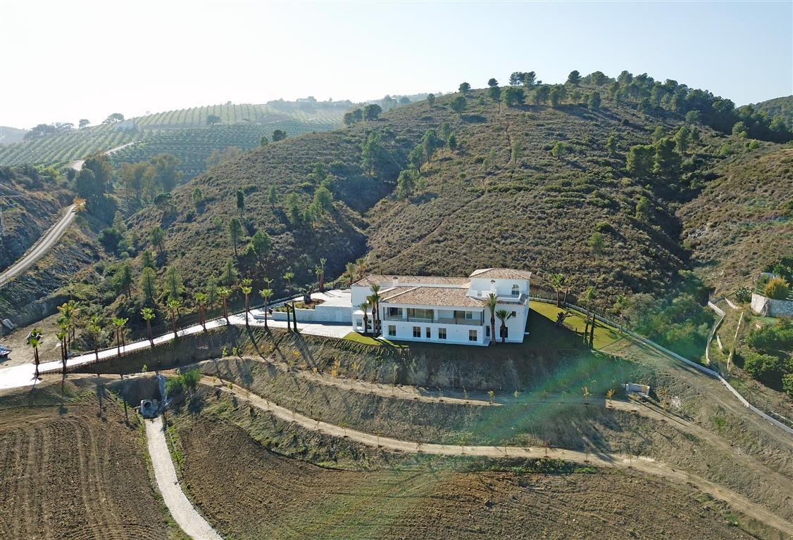 This stunning country estate is brand new to the market. It has been completely reformed and is fini,Spain