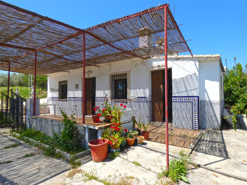 Nice little finca in a very good location, peaceful and private setting with excellent access only a, Spain