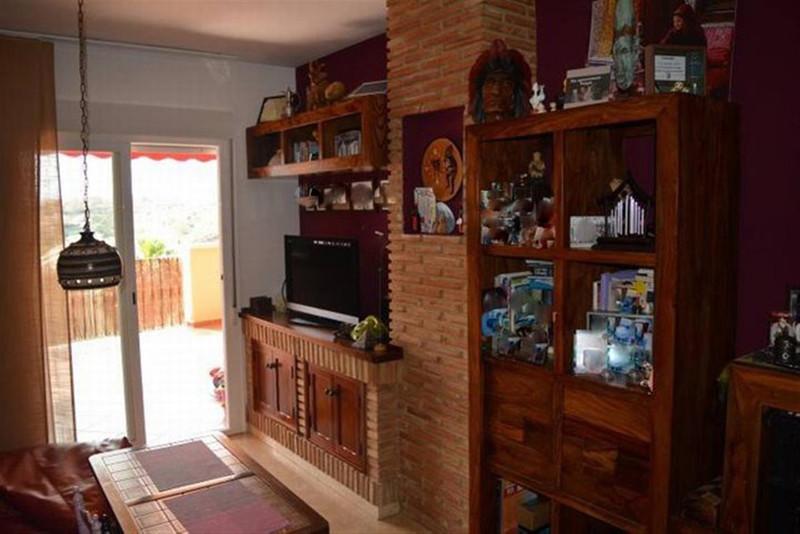 Apartamento Planta Media en venta en Riviera del Sol – R2670980