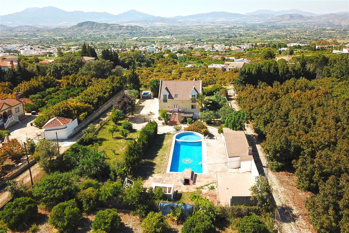 This is a very special property with loads of potential. It would make a fabulous family home or cou, Spain