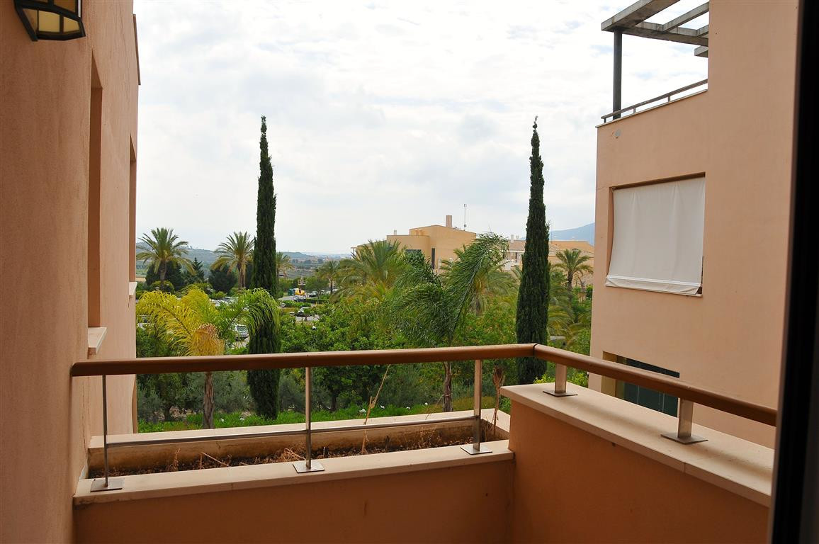 Apartment in Alhaurín de la Torre R3332860 10