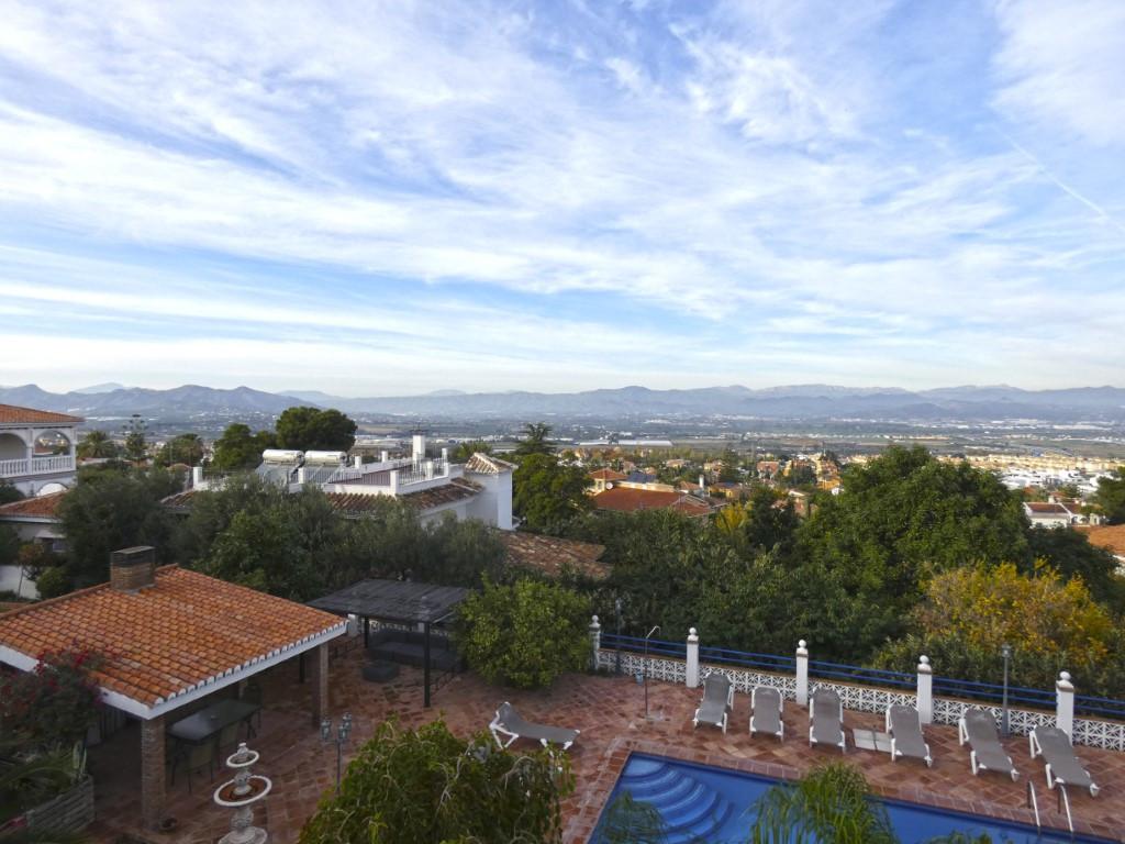 Villa Independiente en Alhaurín de la Torre, Costa del Sol