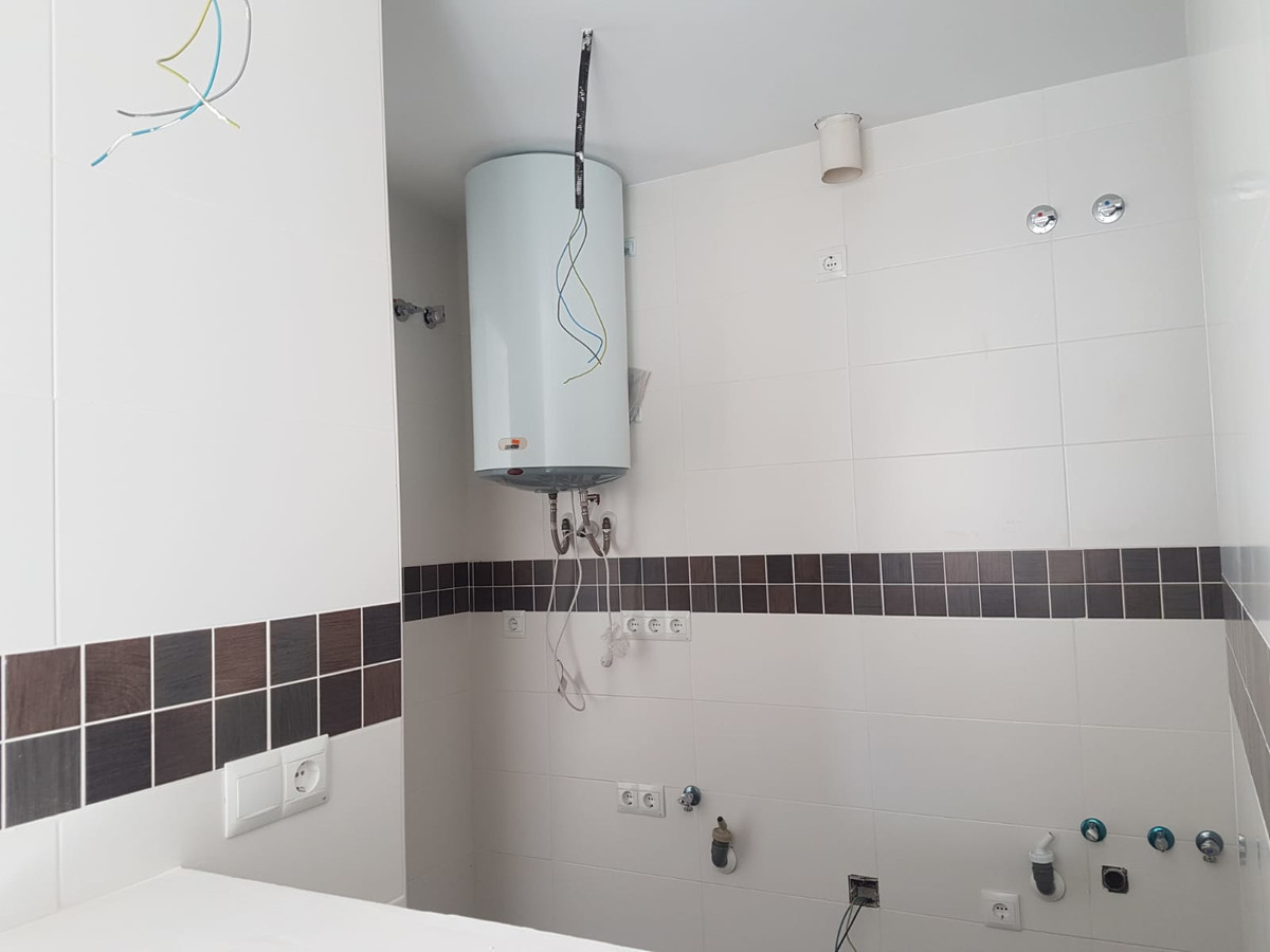 1 Bedroom Middle Floor Apartment For Sale Coín