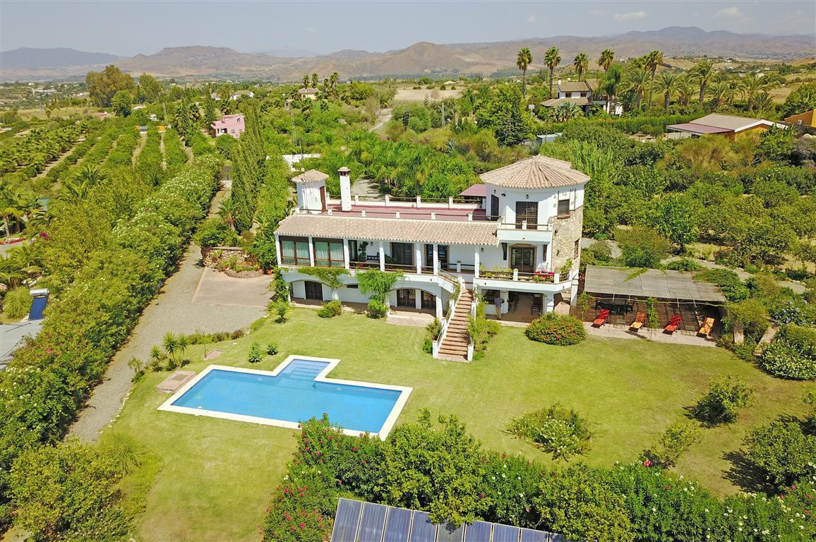 An absolutely stunning and extremely spacious south facing property with fabulous views. The house h, Spain
