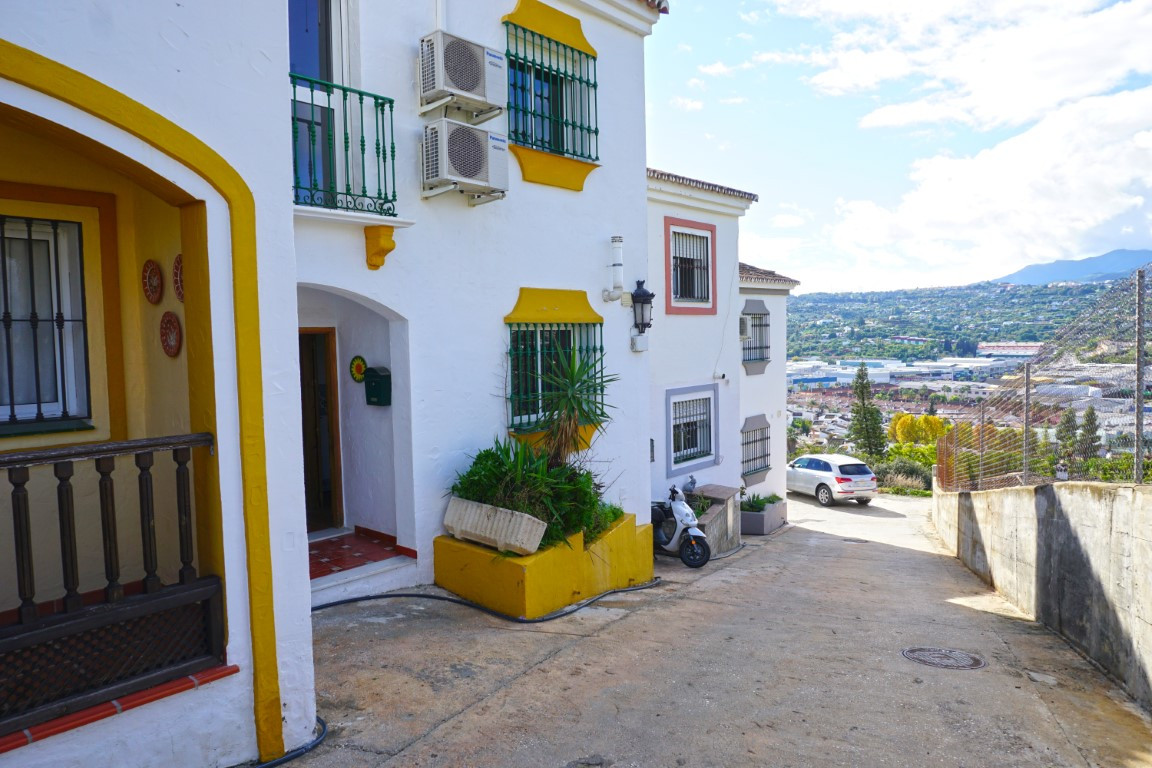 3 bedroom townhouse for sale coin