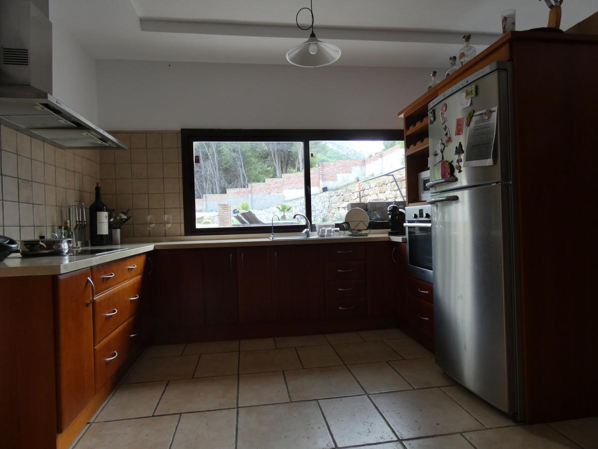 House in Alhaurín de la Torre R3535402 11