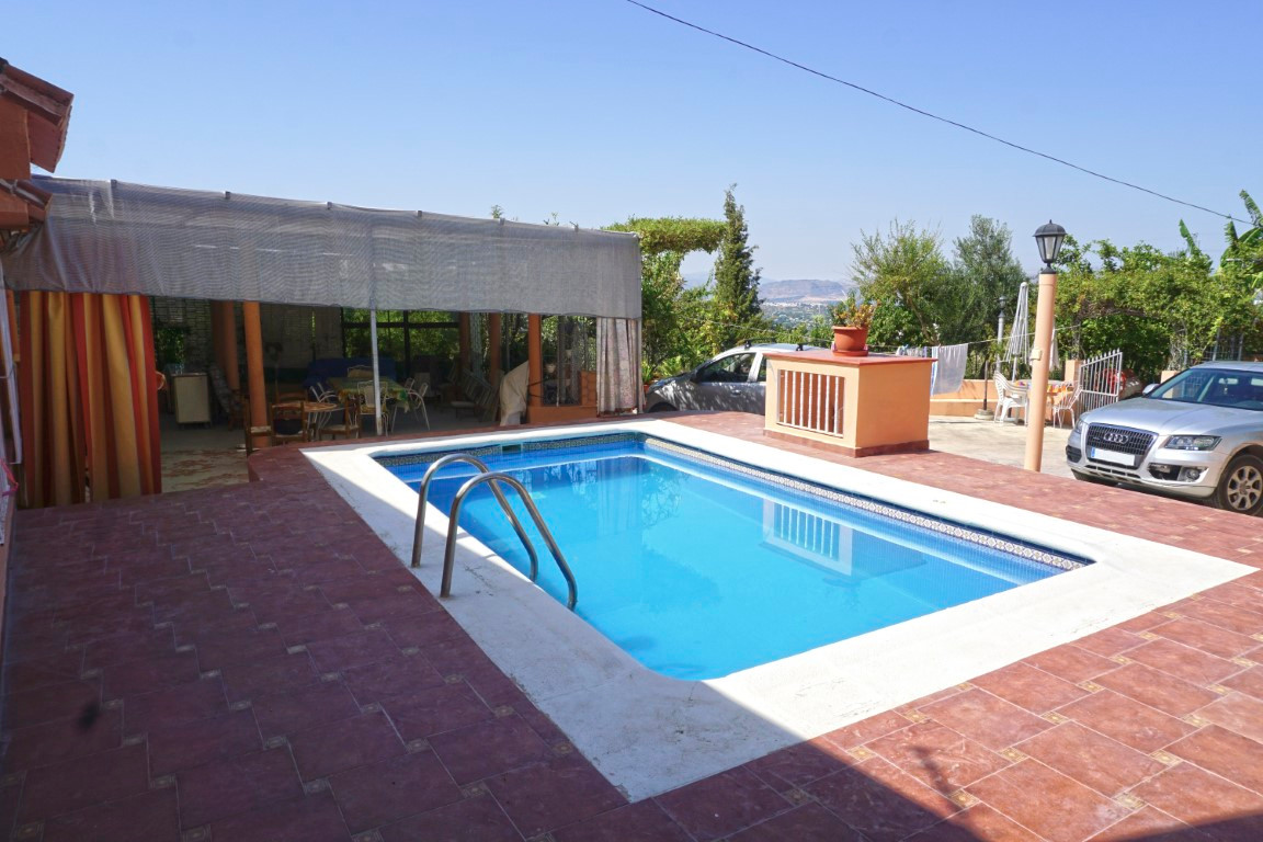 Quirky 3 bedroom, 3 bathroom country home located between Alhaurin El Grande and Alhaurin Golf, with, Spain