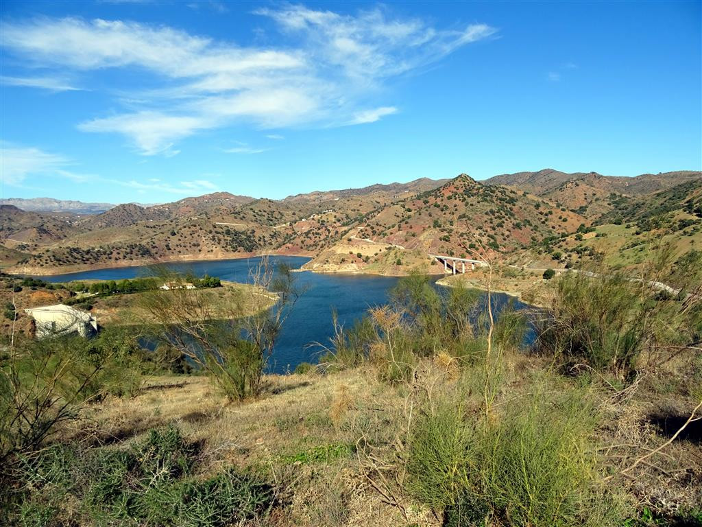 Large plot of land on the border of Almogia and Malaga with beautiful views of the lake.,Spain