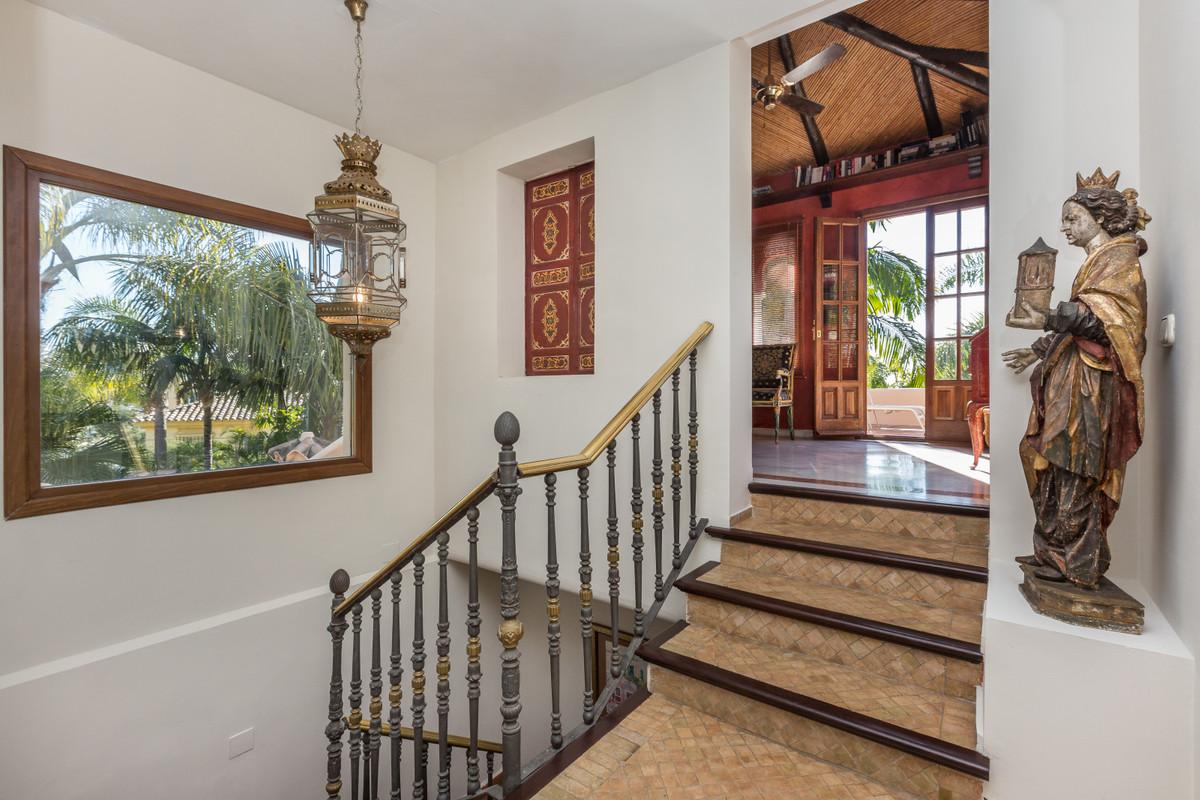 Villa – Chalet en Venta en Nueva Andalucía – R3447913