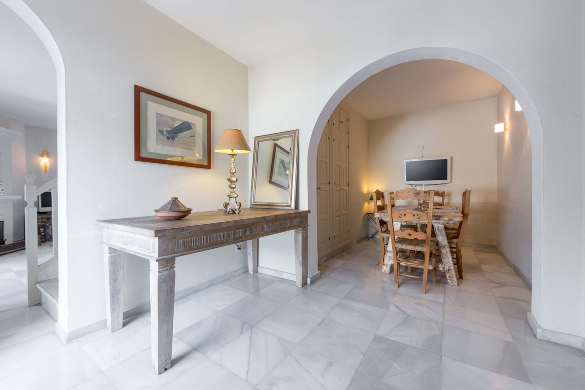 Townhouse for Sale in Marbella – R3540313