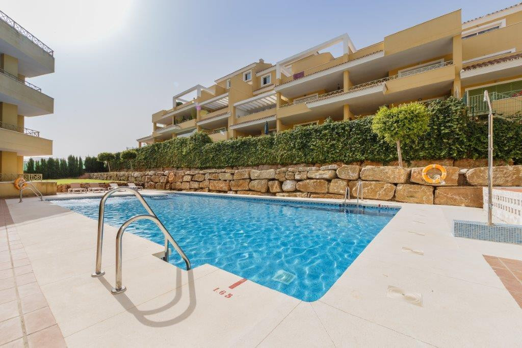 Comfortable and bright apartment in one of the most prestigious developments of the Golf Valley. The, Spain