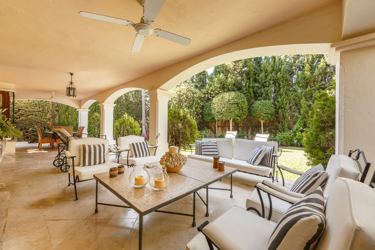Beautiful independent family villa with garden in one of the most demanded developments in Marbella ,Spain