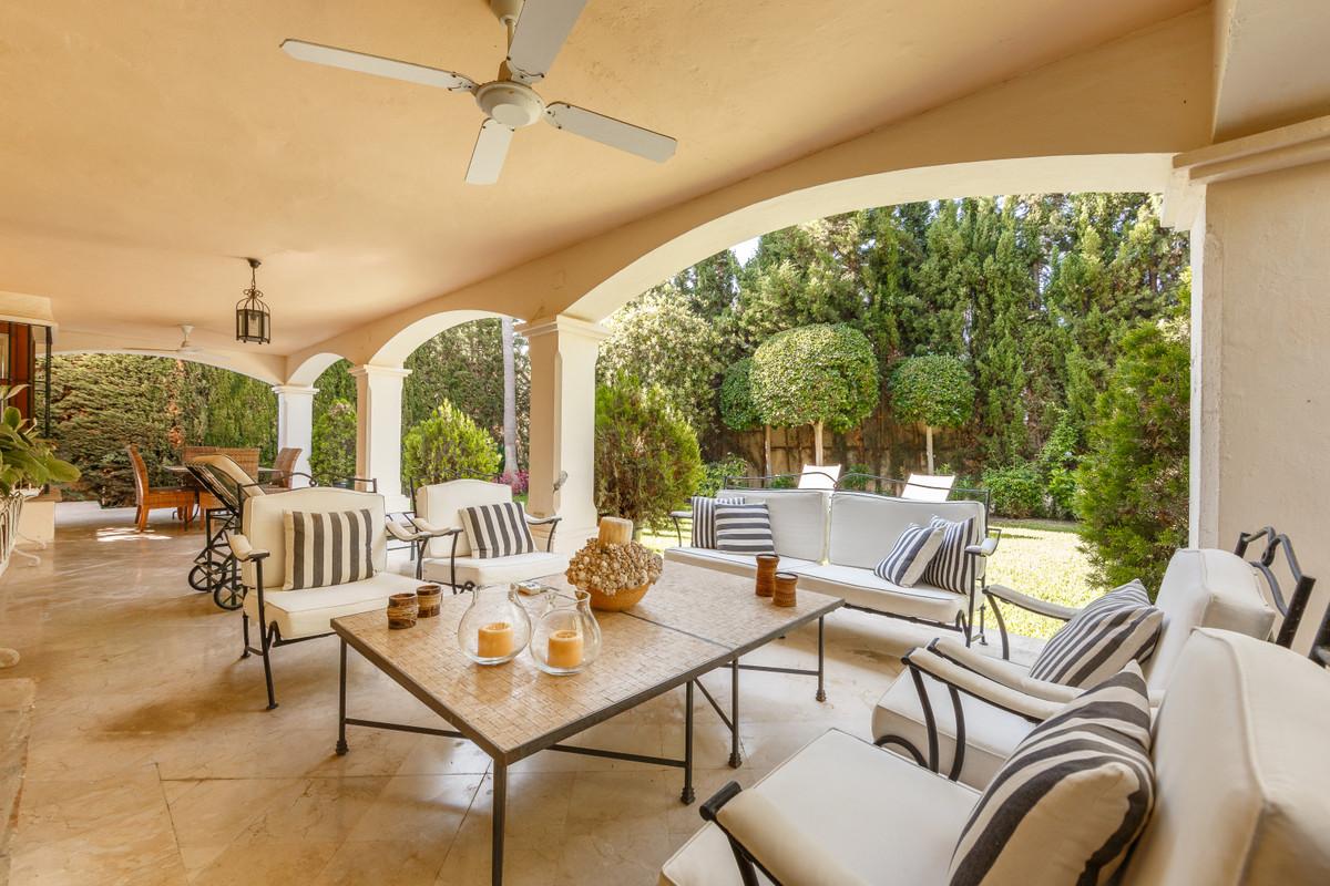Detached Villa for sale in Guadalmina Alta R3370828