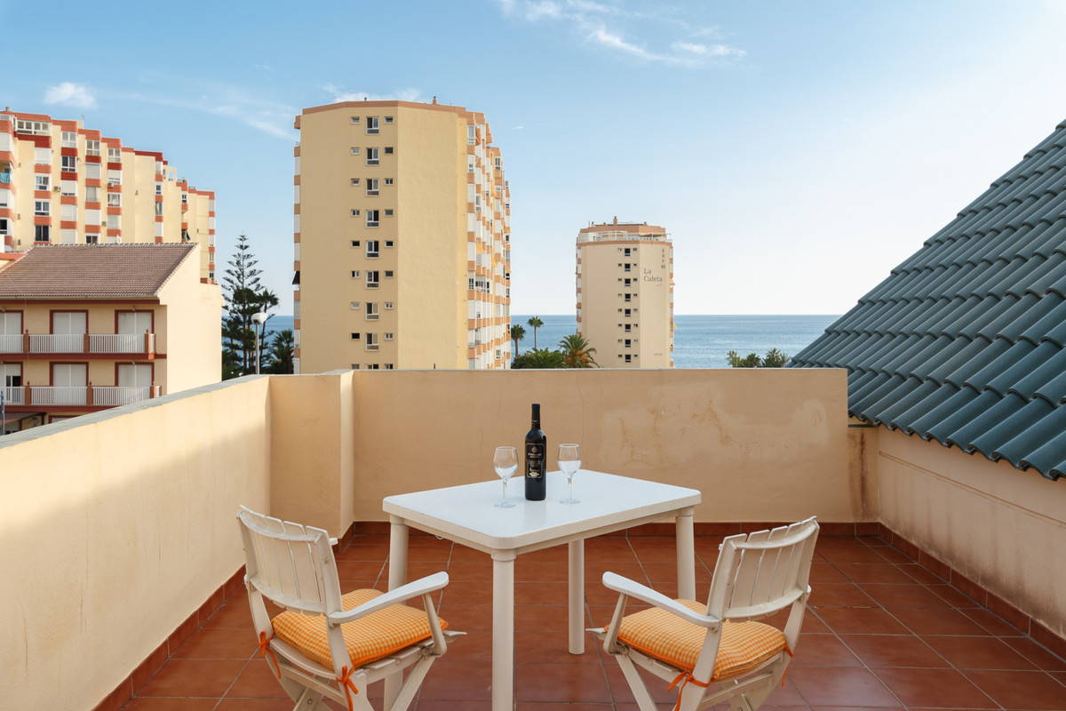 Located in the heart of Torrox Costa, this Penthouse enjoys a year-round sea breeze and stunning sea, Spain