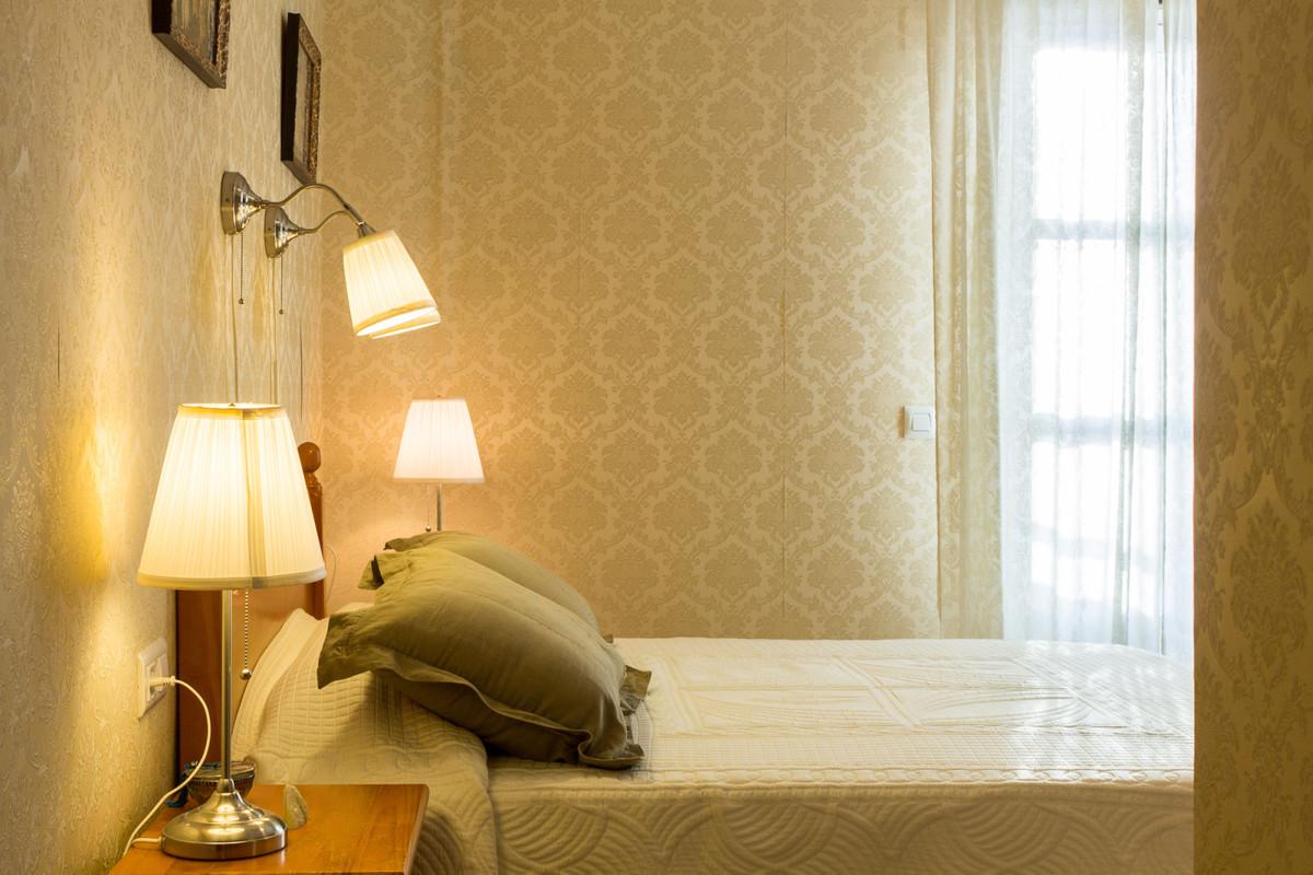 Apartamento con 2 Dormitorios en Venta Torremolinos