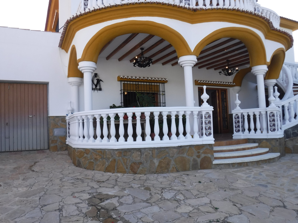 Ground floor apartament in Fuente camacho, Loja (Granada) . Very espacious and with very good qualit, Spain