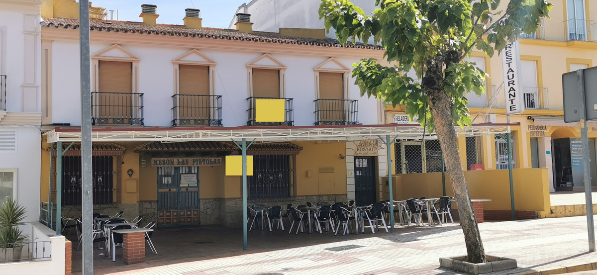 Hotel for sale in Villanueva de Algaidas R3527968
