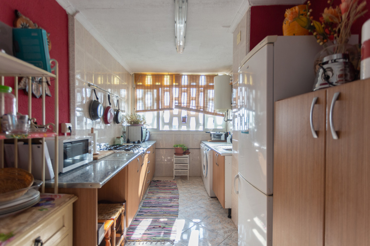Are you looking for a wonderful flat with little noise for your whole family? Well this is it. On th,Spain