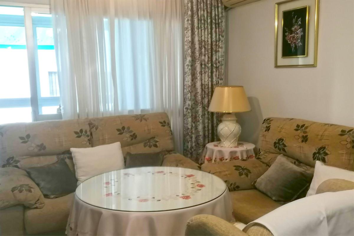Apartamento en Venta en Marbella – R3784519