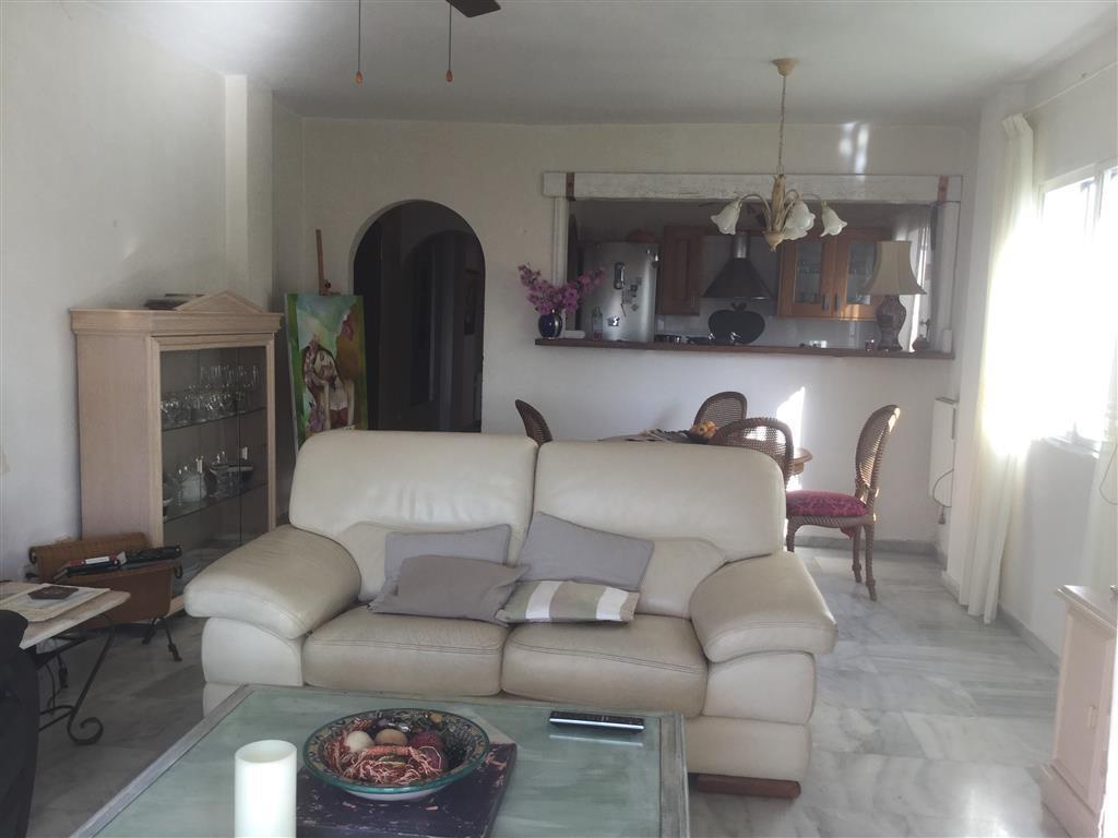 R3042410: Apartment for sale in Calahonda