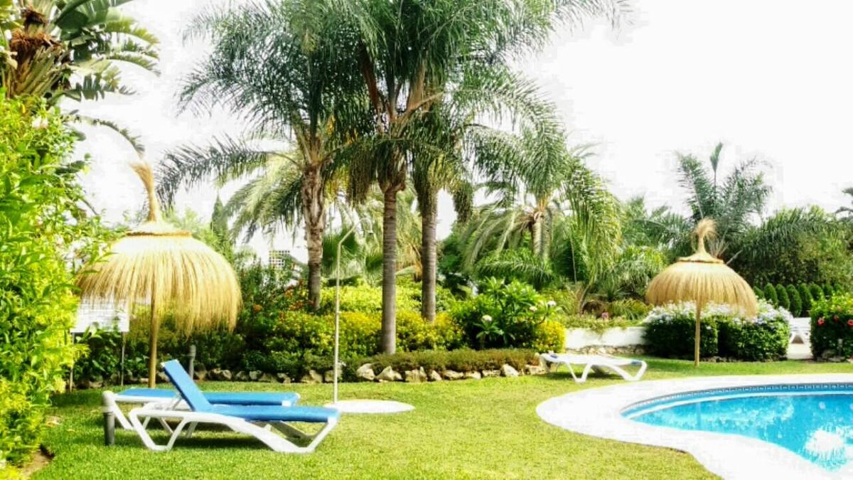 Marbella Banus Apartamento en Venta en Marbella – R3205192