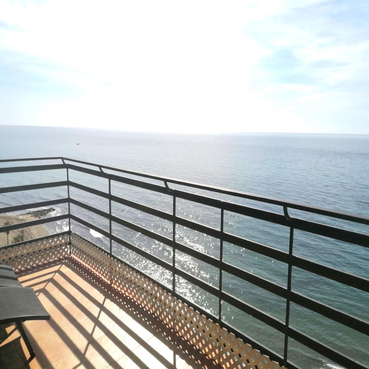 Apartamento Planta Media en Venta en Marbella – R3728509