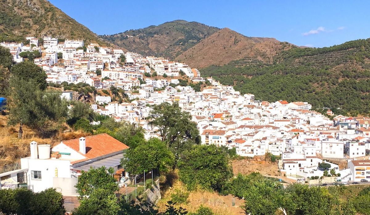 1 bed Villa for sale in Marbella